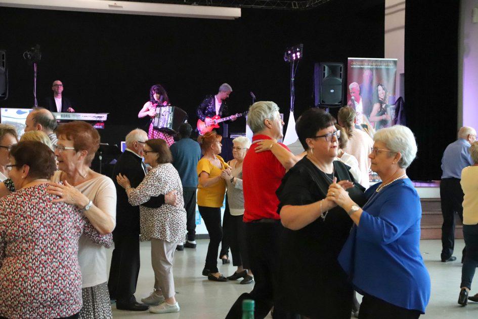 Photo d'une animation dansante pour seniors