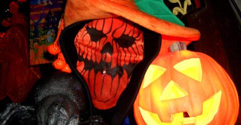 citrouille et masque de squelette