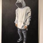 tableau d'un homme sans visage avec une capuche