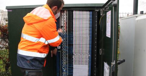 Les travaux se déroulent sur le réseau de fibre optique.
