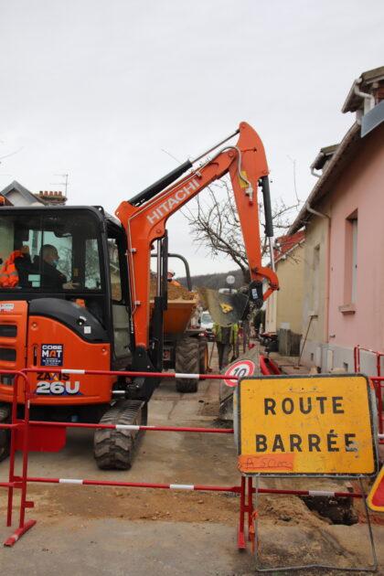La ville de Gonfreville l'Orcher et Enedis rénovent le réseau de distribution d'électricité du quartier de Mayville
